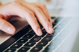 Cara Translate Dokumen Langsung di Word
